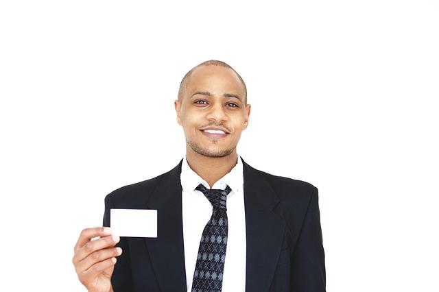 businessman-2548417_640